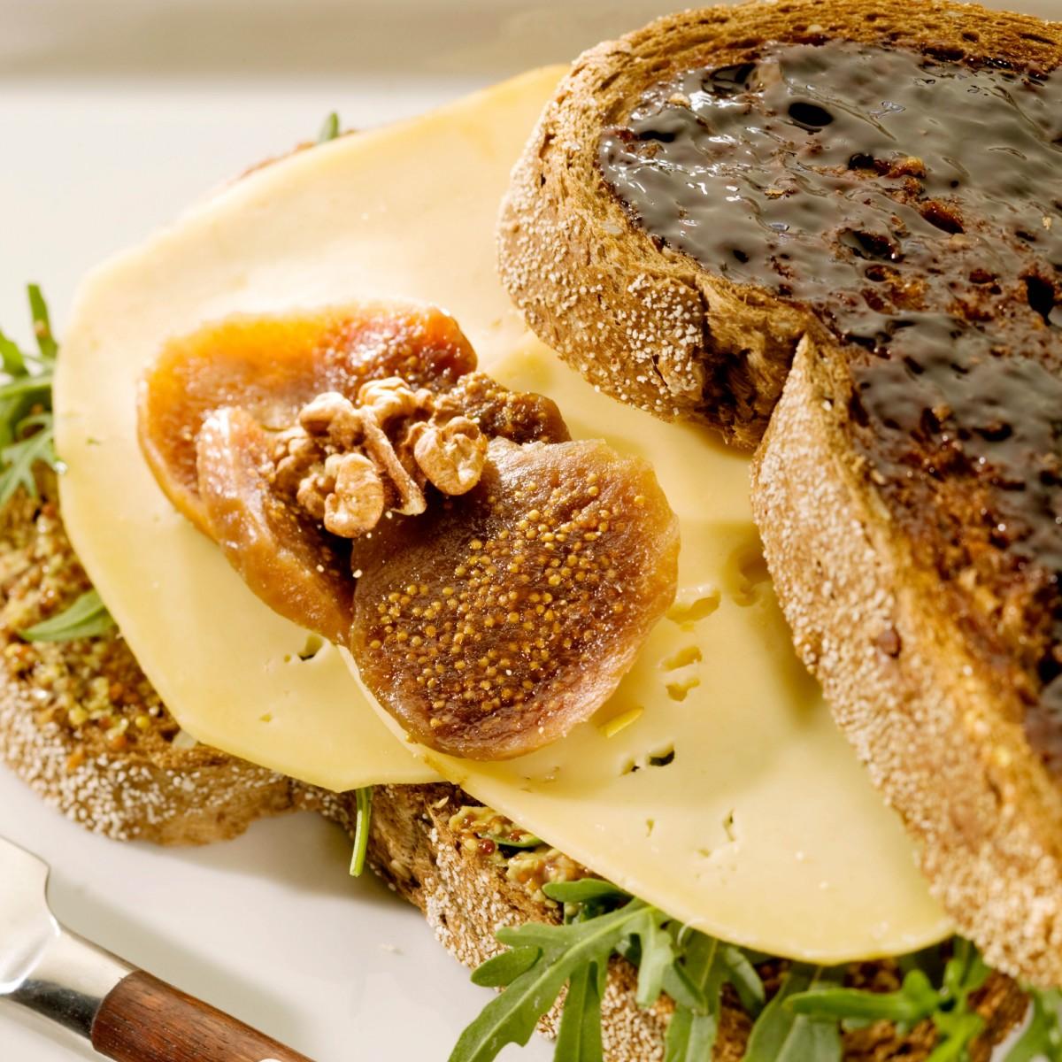 Sandwich Kaas-appelstroop Met Vijgen