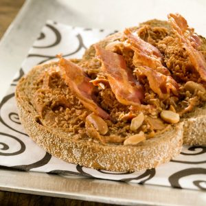 Sandwich Pindakaas Met Ontbijtspek