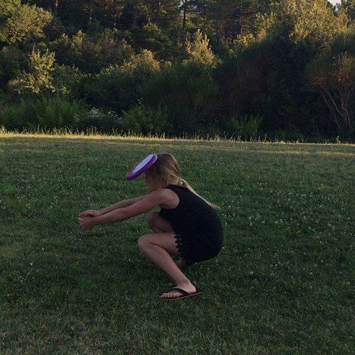Broodnodig Vertier Met De Frisbee!
